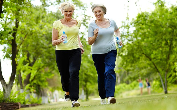 Senior_ladies_runn_2665744b, osteoporosis, exercise, osteoporosis treatment, symptoms of osteoporosis, signs of osteoporosis