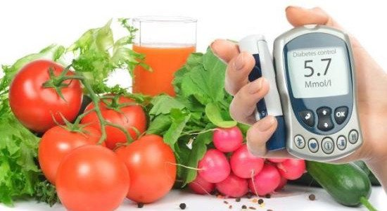 diabetesglucosemeter-550x300, diabetes, fruit, healthy eating, diabetes management