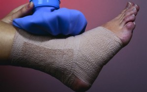 Relieve-Your-Foot-Pain-With-6-Easy-Tricks-featured (Copy)