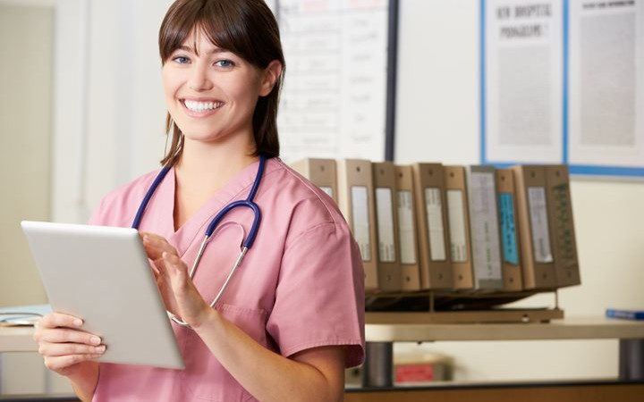getting-your-associates-degree-in-nursing-featured-720x450