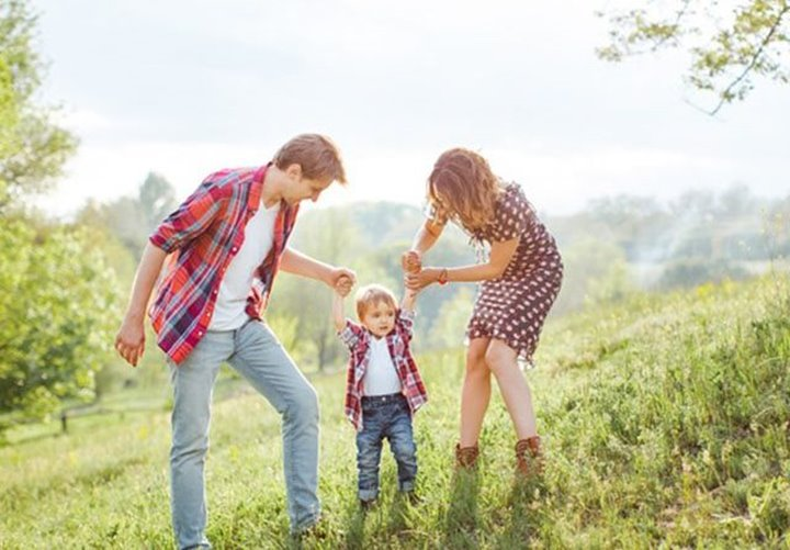 Life-Insurance-Protecting-Your-Familys-Future-featured (Copy)
