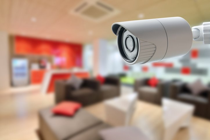 should-you-get-a-security-camera-system-or-an-alarm-system-featured