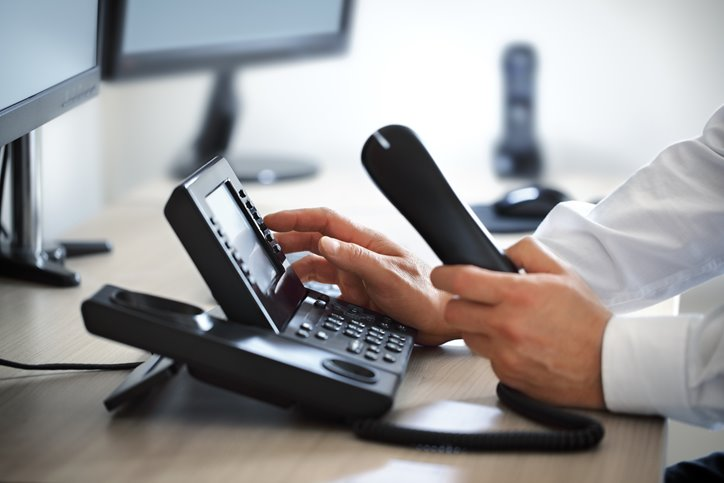 the-3-most-important-things-about-a-voip-business-phone-service-featured