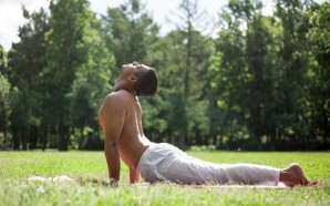 5-yoga-poses-to-help-relieve-lower-back-pain-sphinx-2